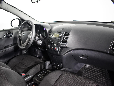Hyundai i30  1.6 с пробегом - 9